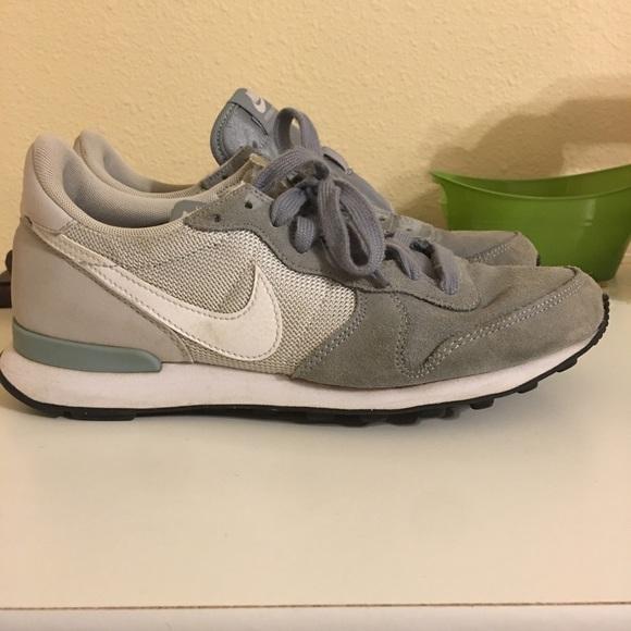 buy popular 2ee36 17738 Nike Internationalist Dove Grey (8W). M 5a96ad20739d48472cd86b71